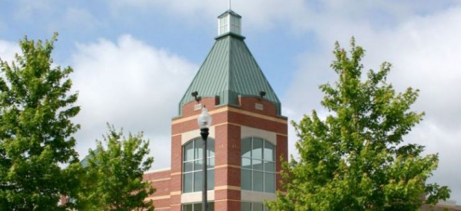 Brookfield Towne Centre Full Service Commercial